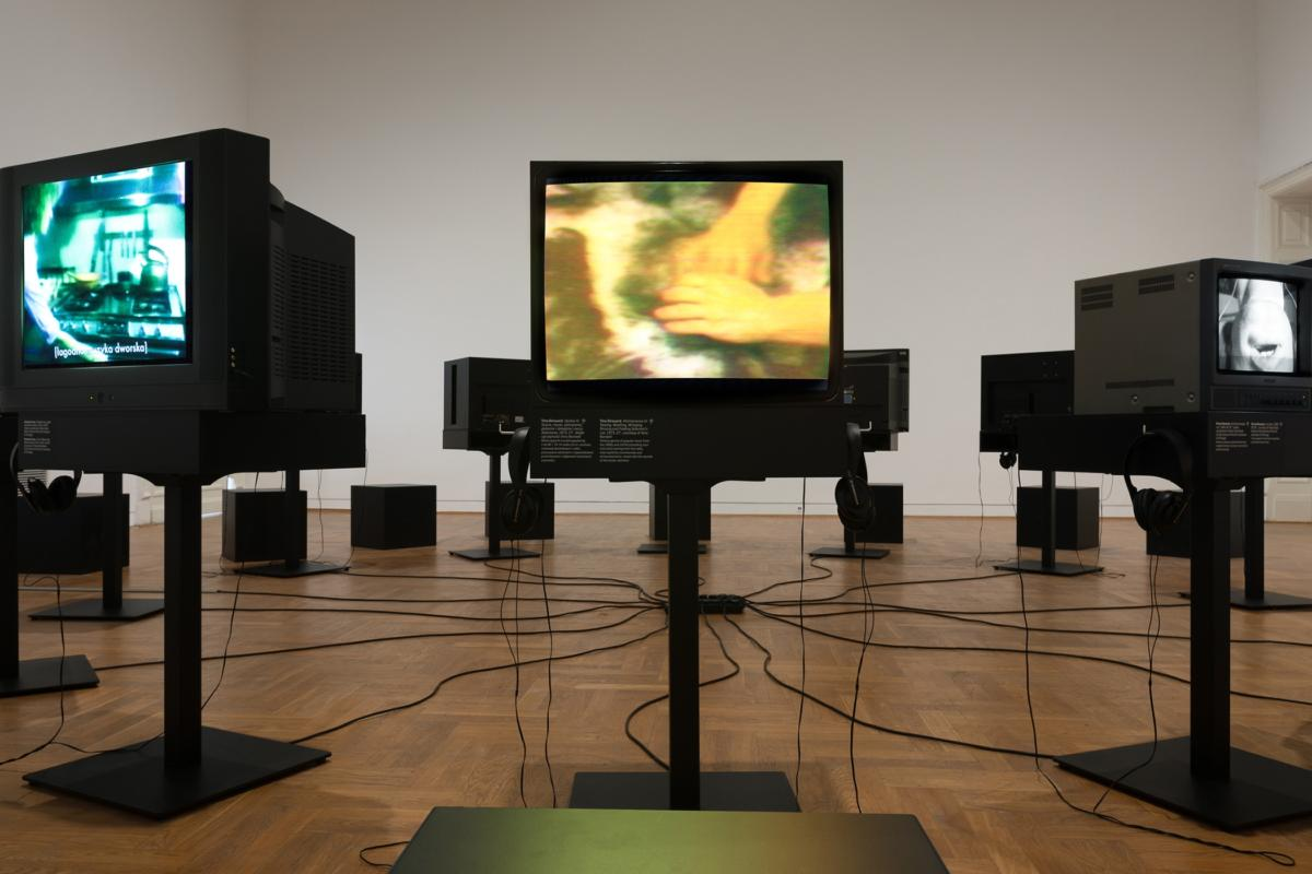 'Videotapes. Early Video Art (1965–1976)' at Zachęta – National Gallery of Art