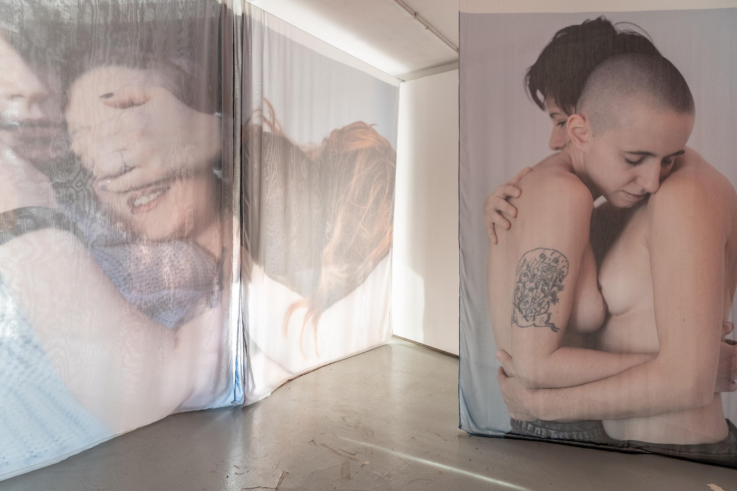 [EN/PL] 'LEZBY' by Karolina Sobel at Stroboskop Art Space