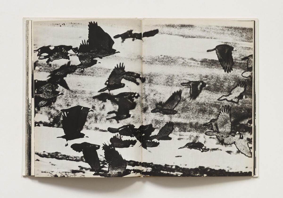 Wiktor Wołkow, 'Wołkow. Rzeka, droga, płoty, krowy, konie, stogi, wrony, bociany, drzewa, krzyże' (1984)