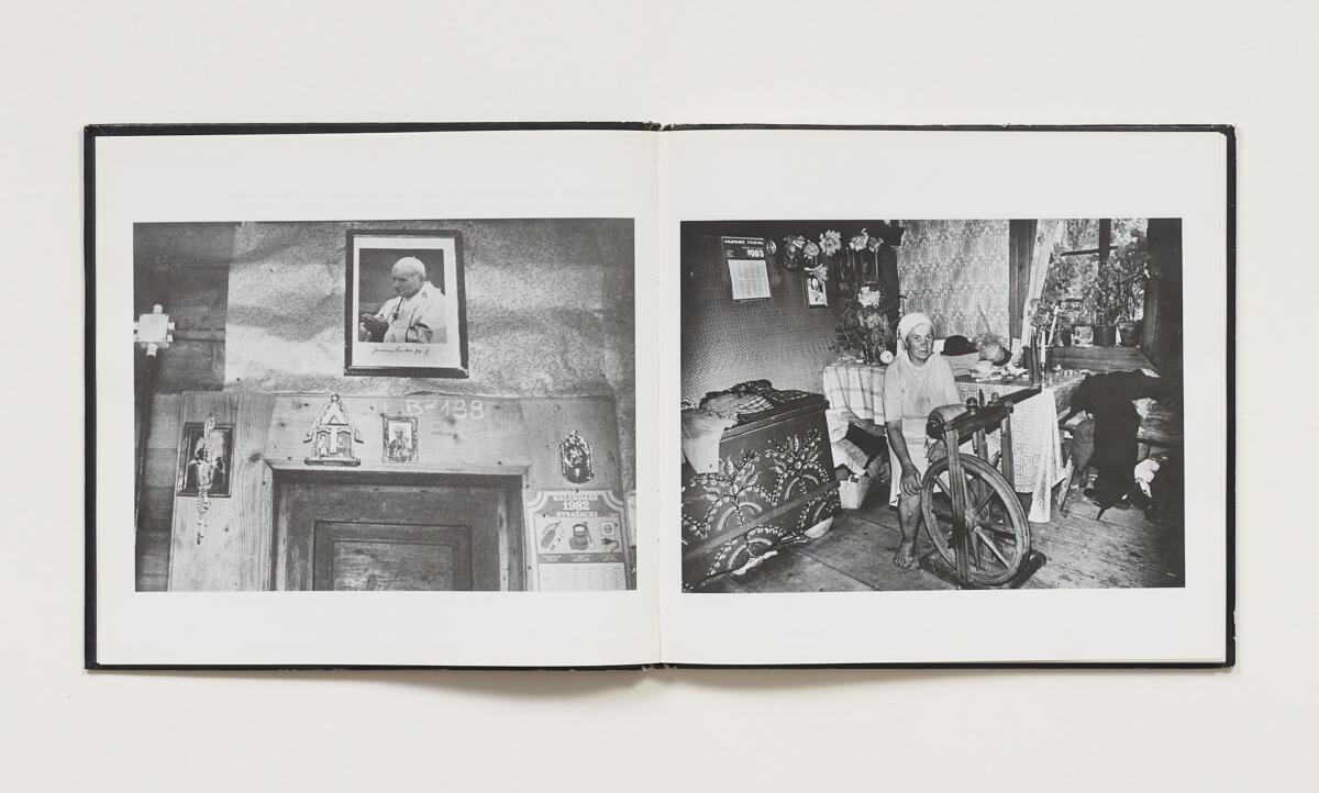 Józefa Hennelowa, Zofia Rydet, 'Obecność' (1988)