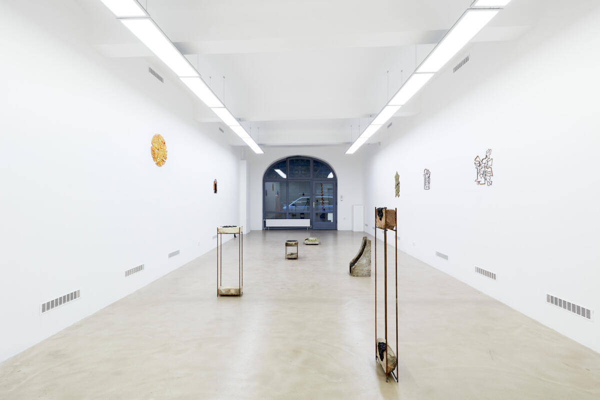 'APER' by Martin Chramosta at Horizont Gallery
