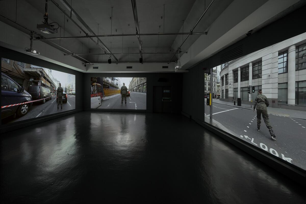 [EN/PL] 'Crowd Crystal' by Anna Jochymek at Watermans Art Centre